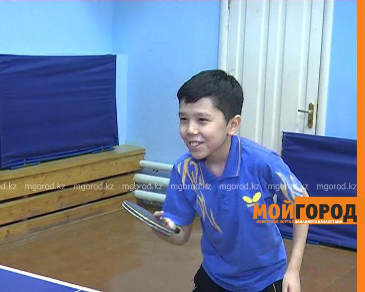 Более 100 детей участвуют в соревнованиях по настольному теннису в Уральске tennis