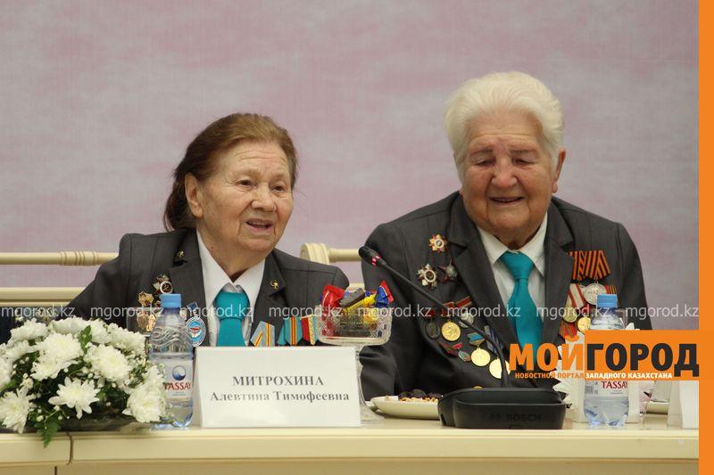 Новости Уральск - Аким ЗКО поздравил женщин с приближающимся праздником 8 marta (3)