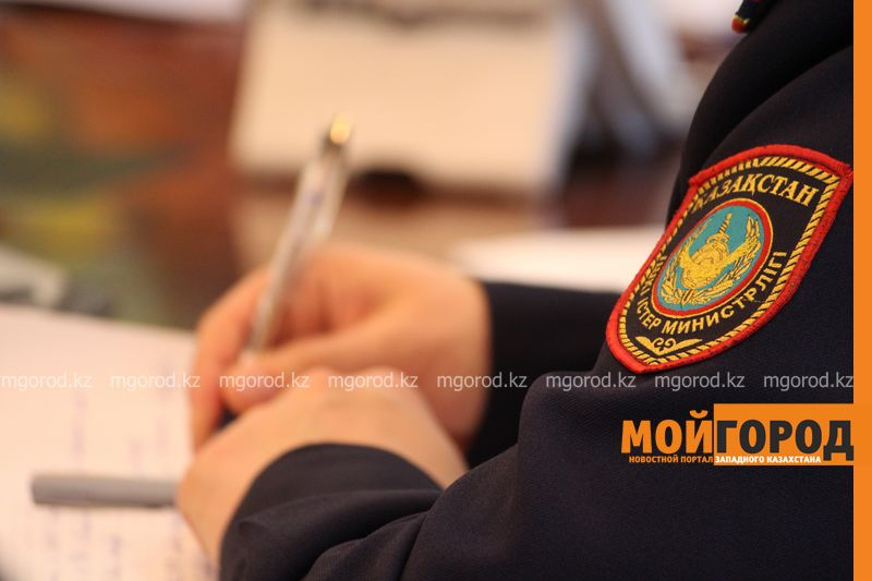 Двое жителей Атырау воровали спецодежду в коммунальном предприятии