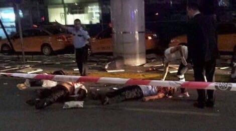 Новости - В крупнейшем аэропорту Стамбула прогремели взрывы Фото Шерзод