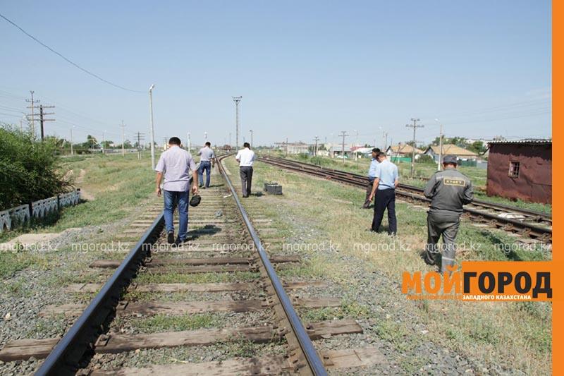 В Уральске поезд сбил человека poezd7