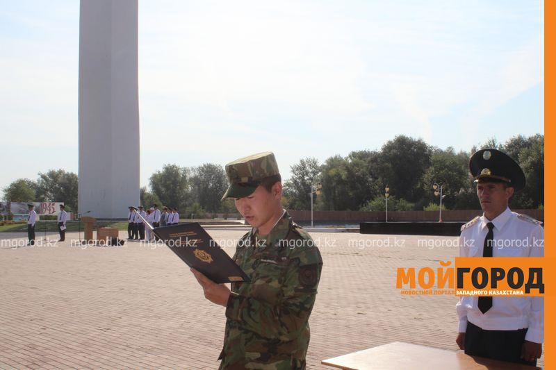 Новости Атырау - 30 новобранцев из Атырау отправились в армию