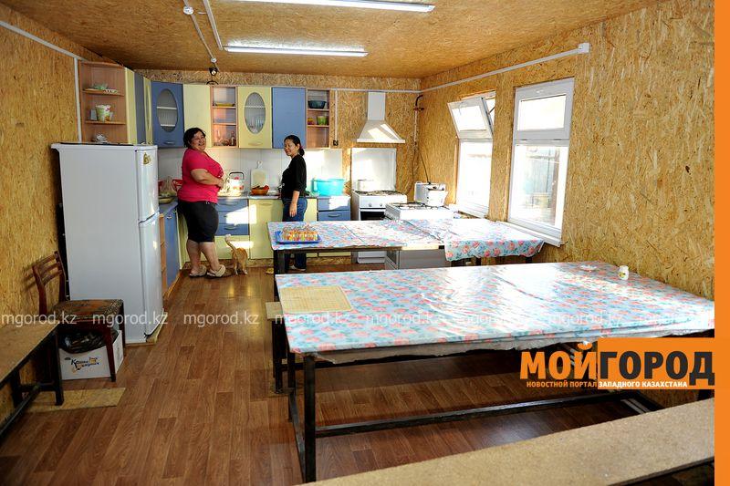 18 семей незаконно заселились в общежитие Аксайского колледжа obshejitie (6)