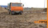 Акимат Уральска обязал строителей мыть колеса, выезжая со стройплощадок