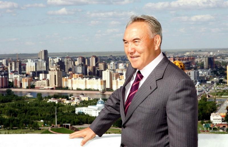 Назарбаев завил, что непланирует передавать власть детям по наследию