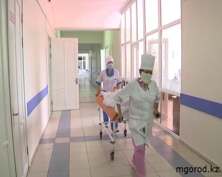 Труп мужчины оставили в коридоре больницы в Актюбинской области