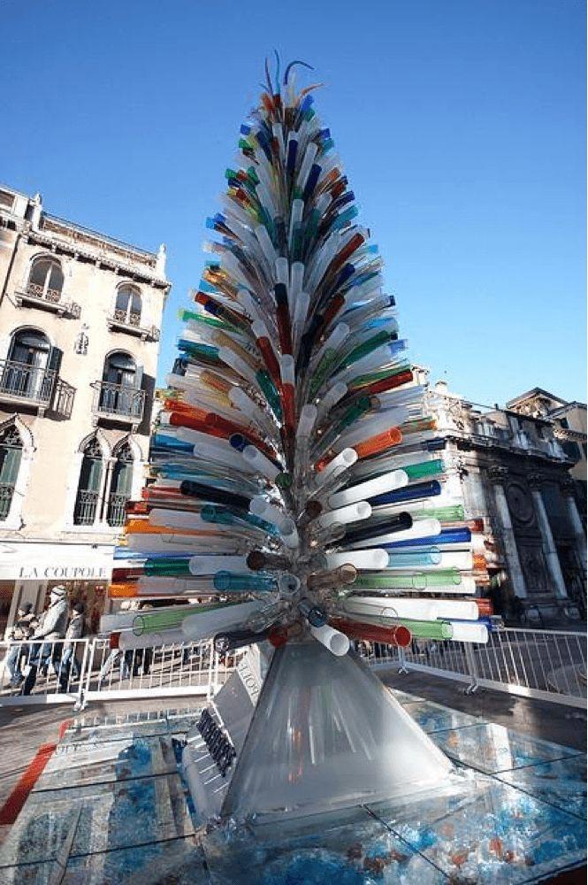 Стеклянная ёлка в Венеции, Италия