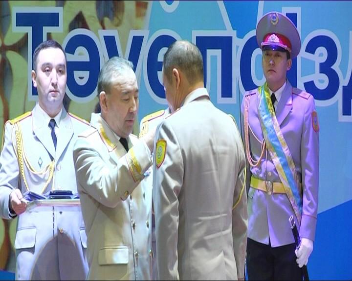 Новости Актобе - В Актобе наградили полицейских, спасших город от террористов 6