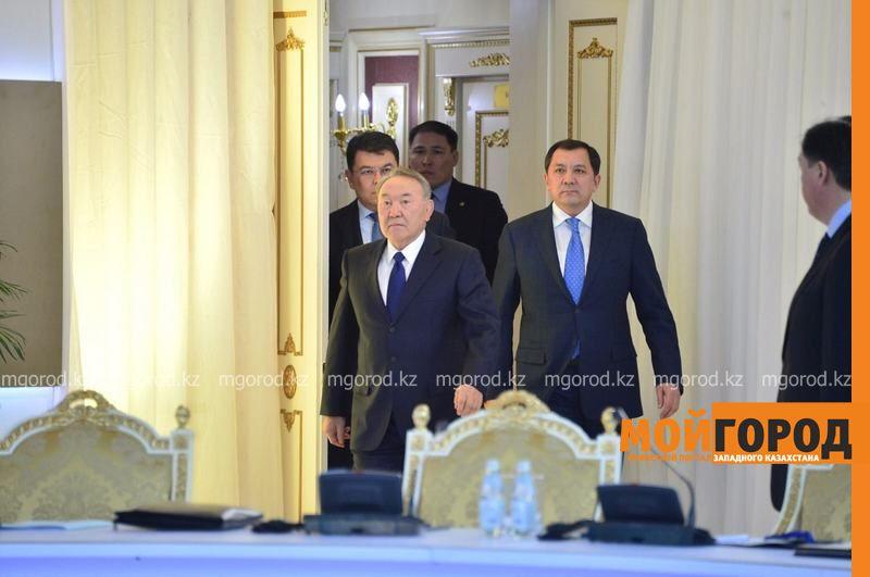 Нурсултан Назарбаев прибыл в Атырау 85510a05-8bd8-43ad-ab95-6185935ad5e1 [800x600]