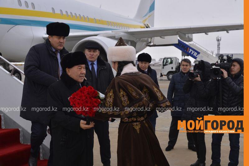 Нурсултан Назарбаев прибыл в Атырау _AMT5853 (1) [800x600]