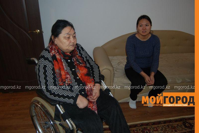 В Атырау женщине-инвалиду, ночевавшей на улице, дали квартиру DSC_9506 [800x600]