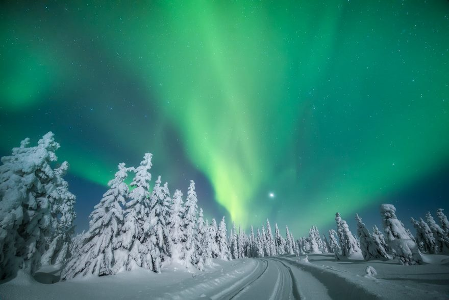 northern-lights-photography-finland-9-584e5cf999c84__880