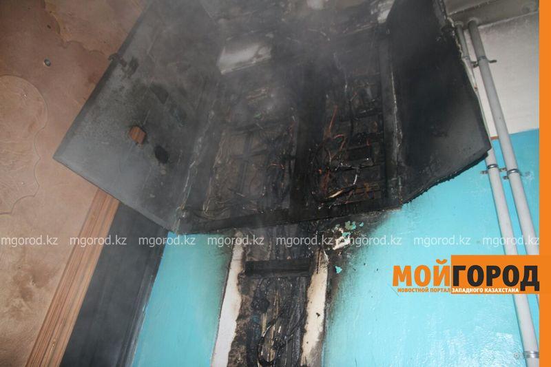Пожар в Уральске: эвакуировано 120 человек, пострадал3-месячный ребенок pojar2 [800_600]