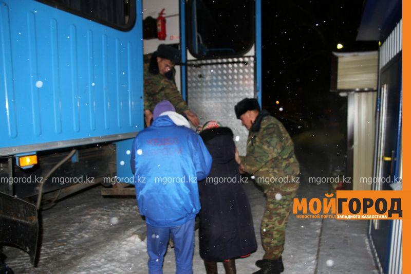 Пожар в Уральске: эвакуировано 120 человек, пострадал3-месячный ребенок pojar5 [800_600]