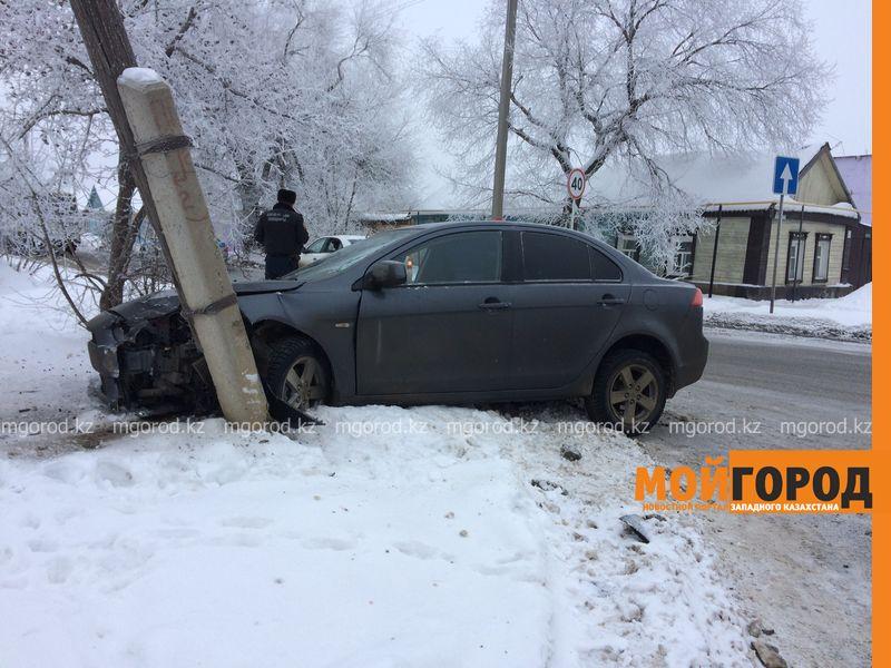 Новости Уральск - Из-за частых аварий на сложном перекрестке уральцы просят поставить светофор dtp almatinskaya (1)