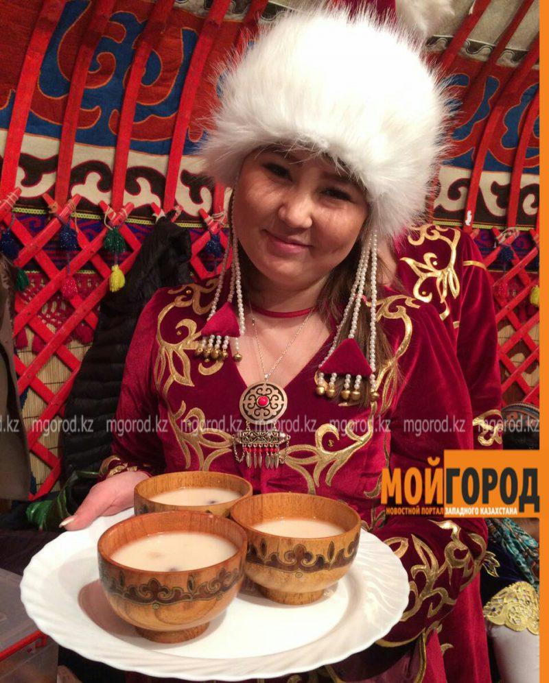 В Атырау творческий конкурс на лучшую постановку в национальном стиле прошел без зрителей PicsArt_03-21-04.54.05