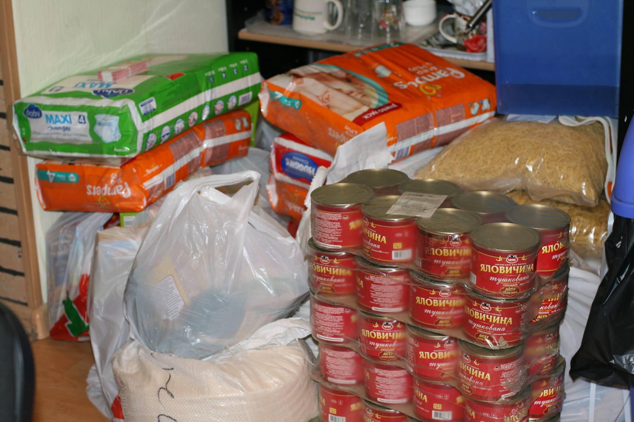 Новости Атырау - Волонтеры Атырау собирают помощь для пострадавших от паводка актюбинцев 1404932_741044032606058_1504814476613247796_o