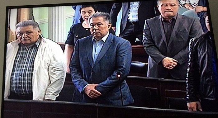 Новости - Үсенов пен вице-министр Өміряев рақымшылықпен босап шықты 2031518
