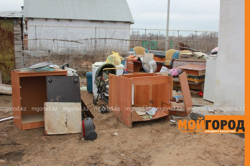 Сапарбаев предложил пострадавшим от паводка актюбинцам поехать в село IMG_2438 [800x600]