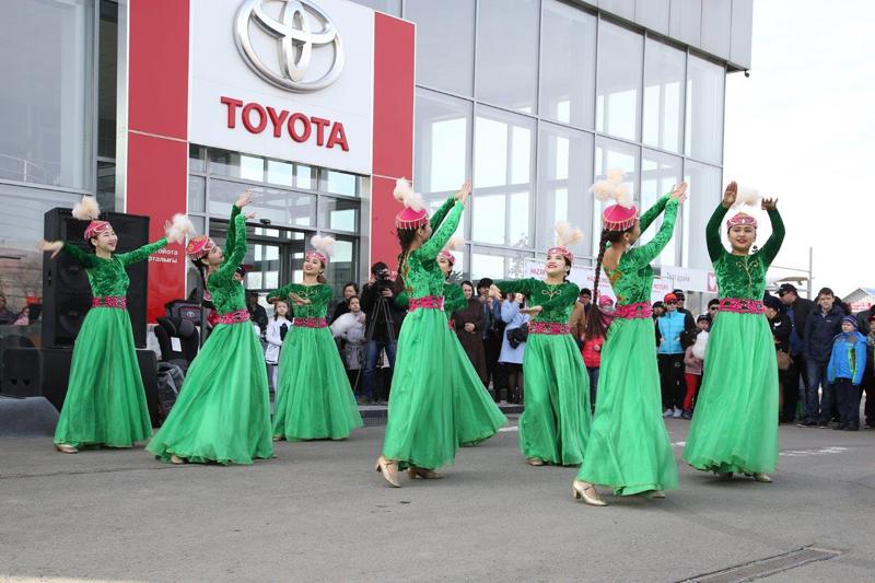 Новости Уральск - «Семья Toyota» отметила свою первую годовщину IMG_9437