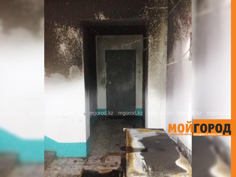 Новости Уральск - 30 жильцов многоэтажки эвакуировали из-за горящего холодильника в Уральске pozhar_mg-2