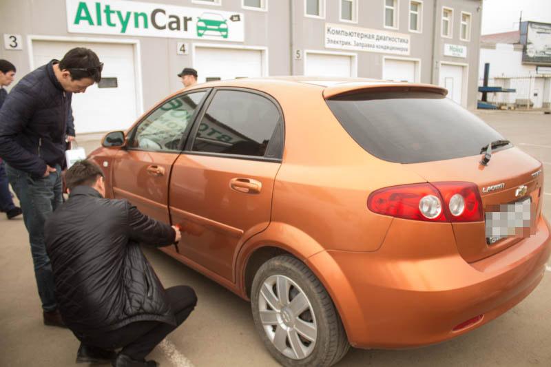 Новости Уральск - Первый в Казахстане салон автомобилей с пробегом открылся в Уральске ural-krov_mg (2)