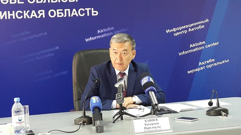 Новости Актобе - Аким в Актюбинской области пристыдил молодежь, за которых родители просят о работе 20170510_110707