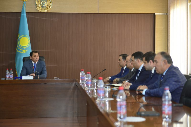 Новости Атырау - Азербайджанские инвесторы изучают экспортный потенциал Атырауской области ЕАС 1057
