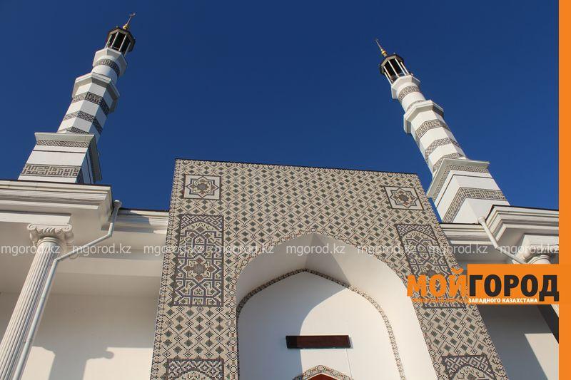 Новости Актобе - Фотоаппарат украли в мечети Актобе