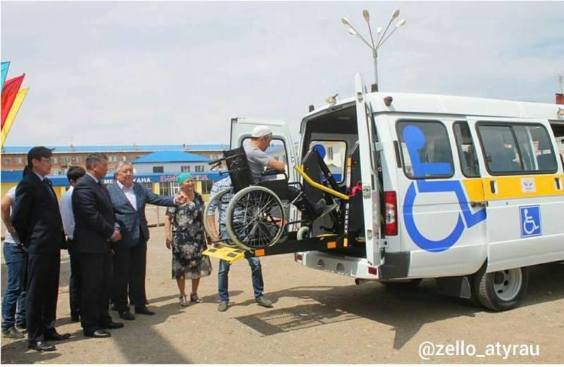 В Атырауской области сельским инвалидам презентовали инватакси 19120602_1133420033426644_1370922370830696448_n