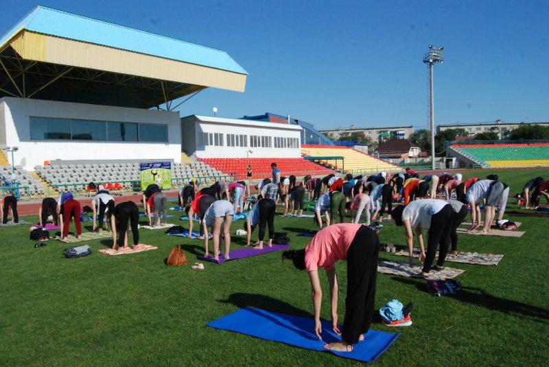 Новости Атырау - Международный день йоги прошел в Атырау DSC_1504