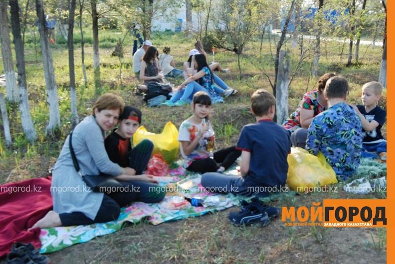 Новости Атырау - Жареное мороженое ели гости Фестиваля еды в Атырау DSC_1569