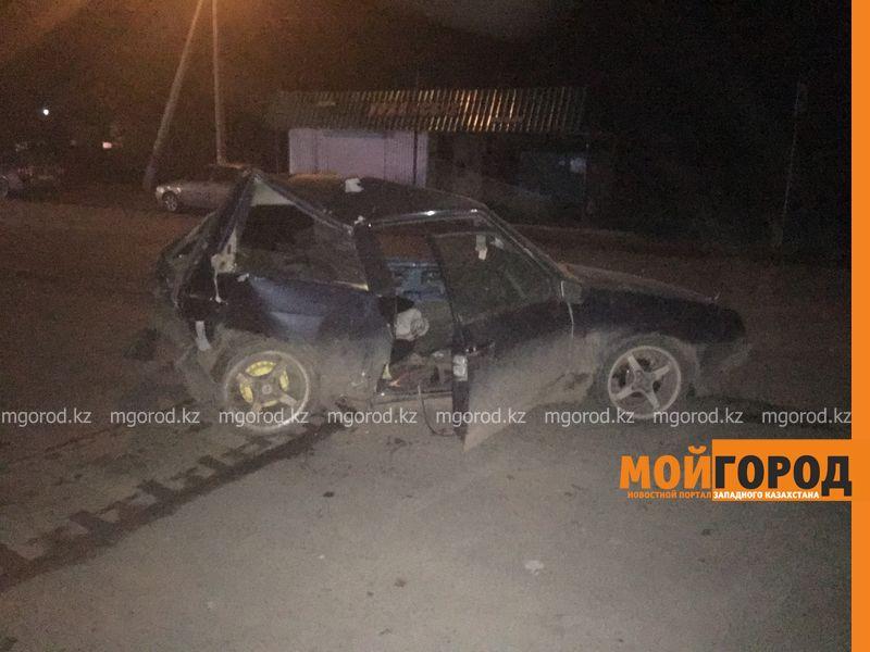 В Уральске от столкновения двух автомашин пострадал пешеход dtp 112