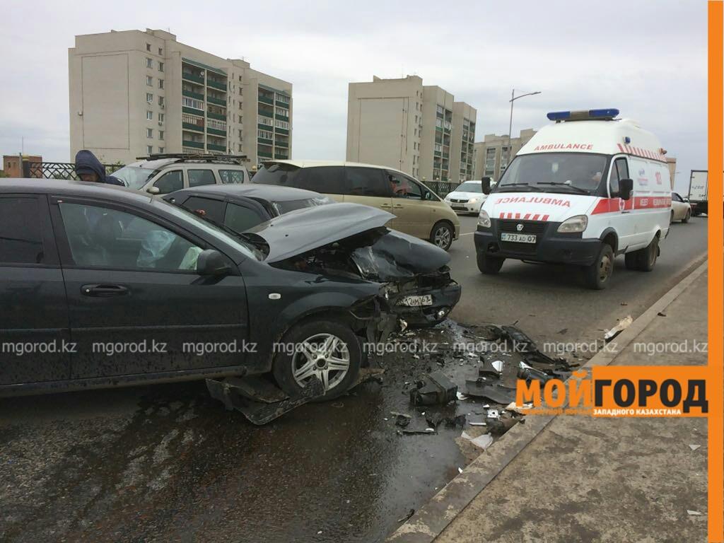 Шесть человек пострадали в ДТП на мосту в Уральске IMG-20170603-WA0033