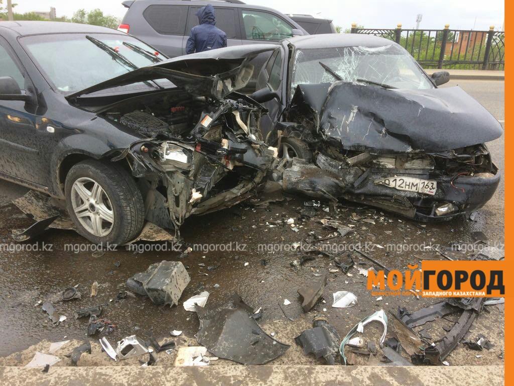 Шесть человек пострадали в ДТП на мосту в Уральске IMG-20170603-WA0036