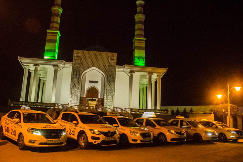 Новости Уральск - «Такси CITY» отвозит верующих Уральска домой после ночного намаза IMG_3576