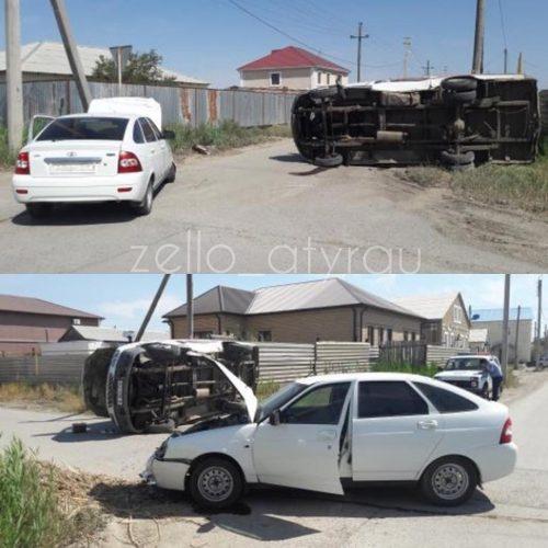 В Атырау при столкновении двух автомобилей пострадал пешеход (ВИДЕО) Фото с zello_atyrau