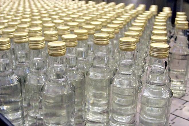 Новости Атырау - Свыше 300 литров незаконного алкоголя изъято в Атырауской области d9c8e1a2436cb7e42c5264866a7cc45a
