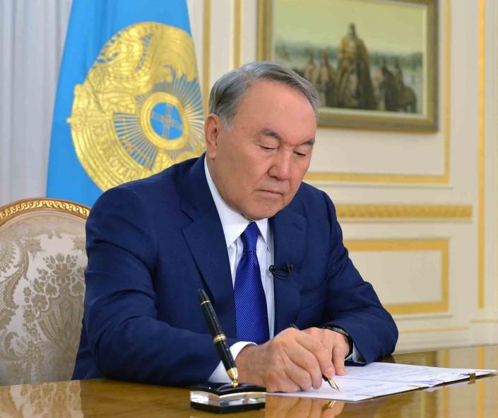 Новости Уральск - Назарбаев подписал закон о перераспределении полномочий между ветвями власти Фото с сайта tengrinews.kz