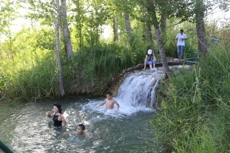 Чингирлау - дорога к самому маленькому водопаду мира EiedXr38f8rqFN550X9ab5D45v4SV6 [iPod Video]
