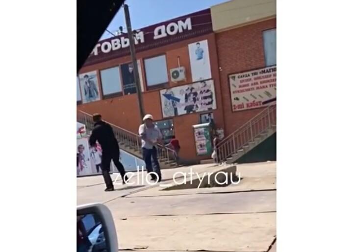 Новости Атырау - В Атырау пьяный мужчина устроил поножовщину на рынке PicsArt_07-04-12.20.21