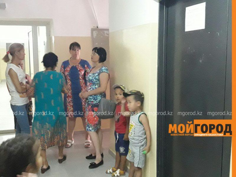 Новости Атырау - В Атырау воры оставили три подъезда многоэтажки  без лифтов PicsArt_07-25-03.42.56