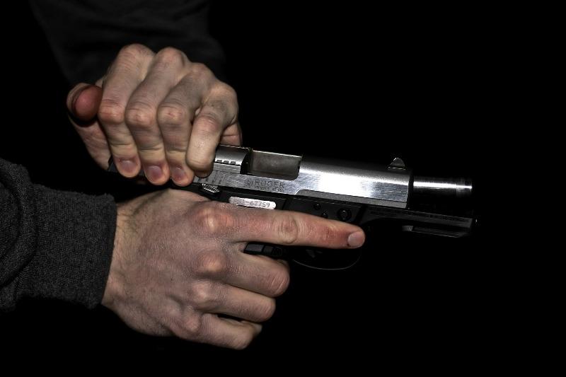 Новости Атырау - Стрелявшему из травматического пистолета в кафе Атырау вынесли приговор Иллюстративное фото с сайта newsvo.ru