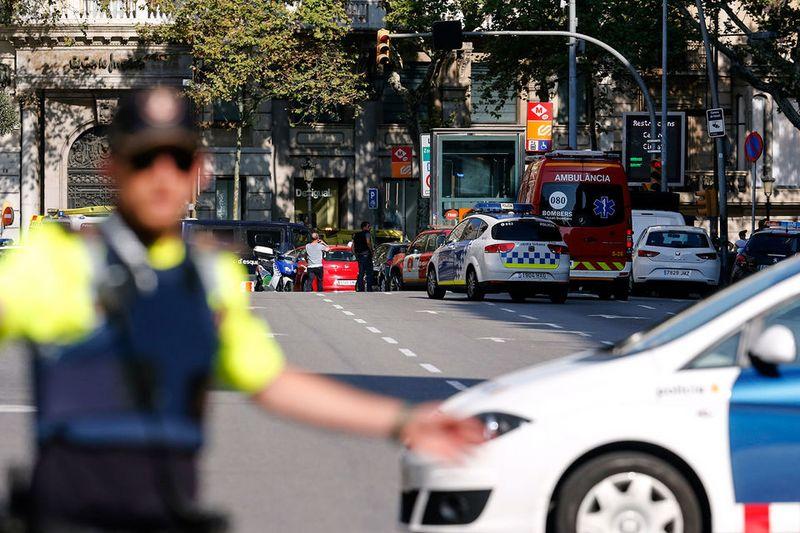 Новости Уральск - В теракте в Барселоне погибли 13 человек Фото с сайта www.vedomosti.ru