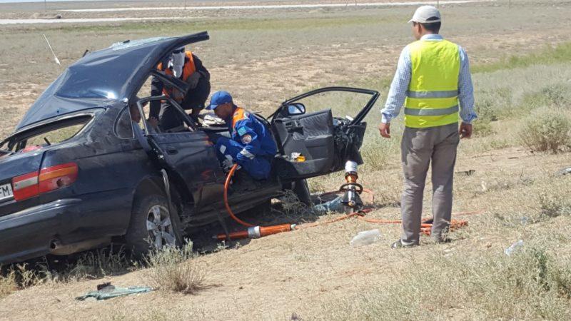 Новости Атырау - В лобовом столкновении на трассе в Атырауской области погиб водитель (видео)