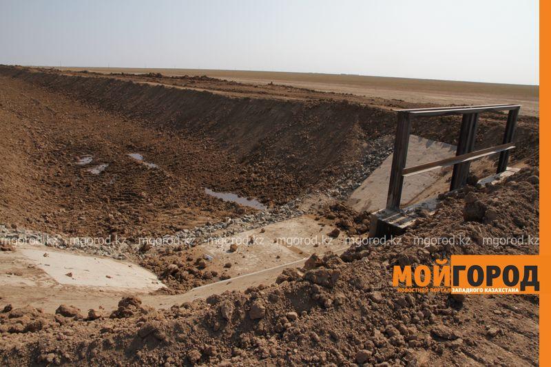 Новости Уральск - Как проходит реконструкция самого длинного водного канала ЗКО