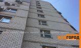 Молодой парень разбился, спрыгнув с крыши многоэтажки в Уральске