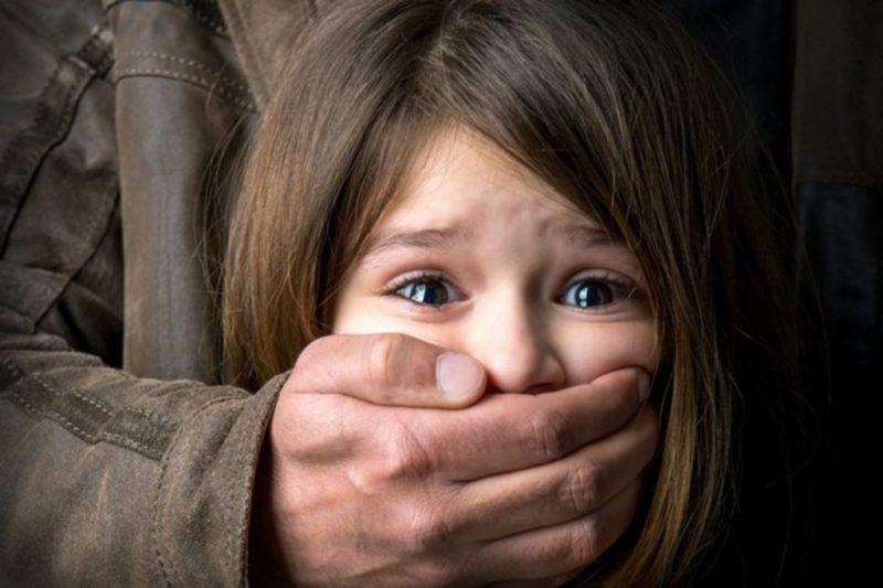 Новости Атырау - В Атырау педофил едва не изнасиловал 9-летнюю девочку на кладбище