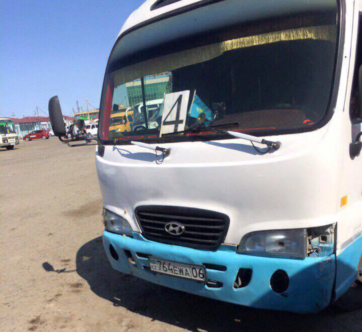 Новости Атырау - В Атырау кондуктор не впустил школьника в автобус