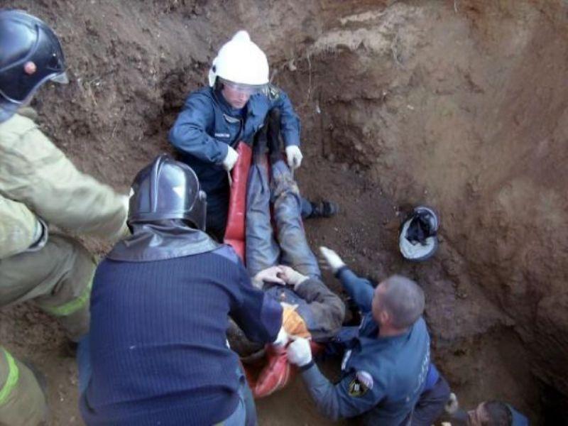 В Атырауской области в траншее погиб рабочий